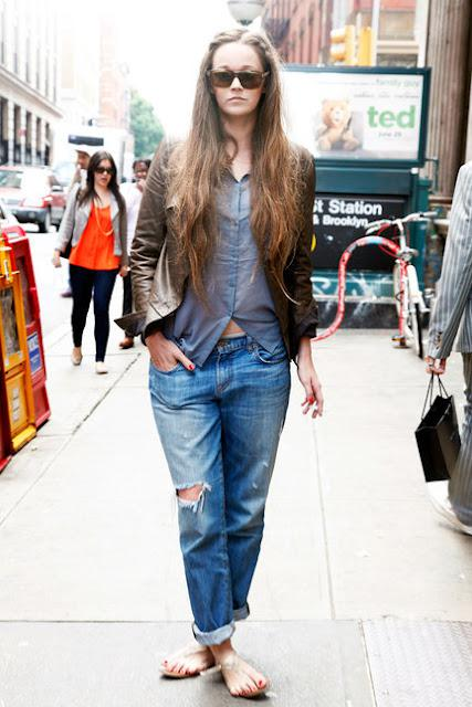 new-york-street-style-denim-watch-L-zVPre2